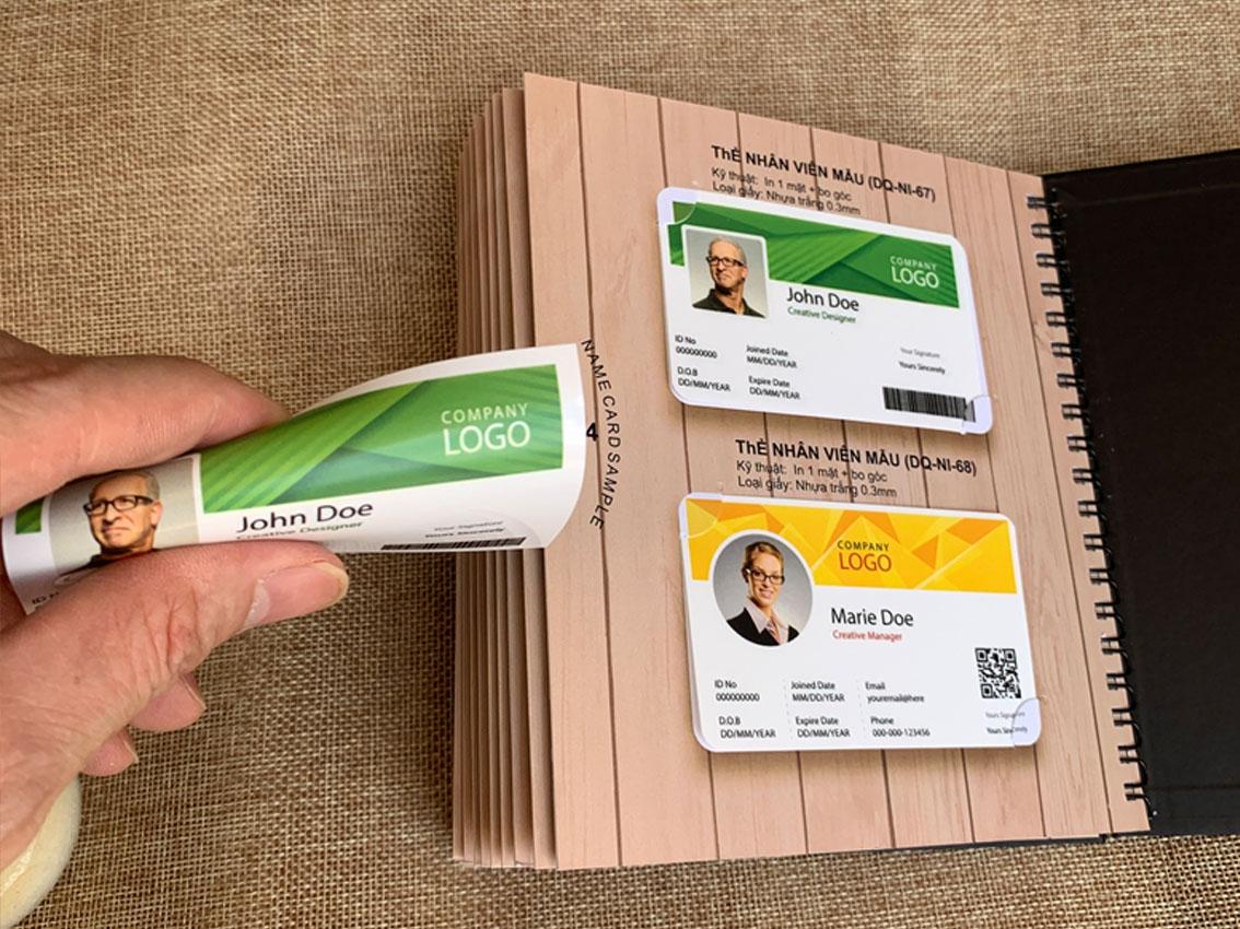 Thẻ nhân viên - Nhựa trắng 0.3mm- Ép kim 1 màu